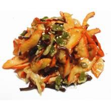 Salade de calamar légèrement pimentée au sésame,